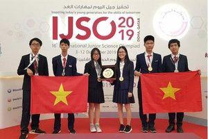 Việt Nam giành ba huy chương vàng Olympic Khoa học trẻ quốc tế