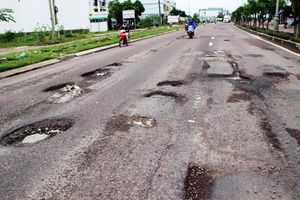 Quốc lộ 1A xuống cấp nghiêm trọng, trách nhiệm chính thuộc về Bộ Giao thông vận tải