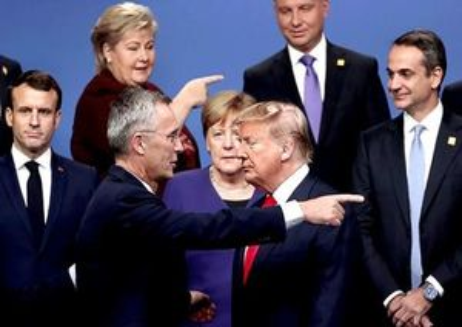 Nỗ lực ngăn ông Trump rút Mỹ khỏi NATO