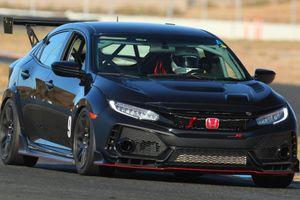 Honda Civic Type R phiên bản xe đua ra mắt - cứng, mạnh và đắt hơn