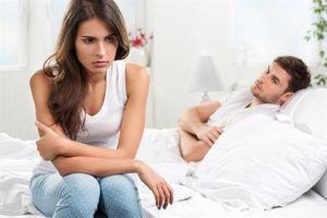 Vợ không thể ngờ chồng làm việc này khi thấy mình 'nguội ngắt chuyện phòng the'