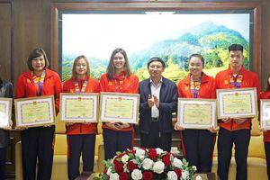 Quảng Ninh: Gặp mặt, trao thưởng các VĐV, HLV có thành tích cao tại SEA Games 30