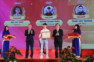 3 thí sinh đoạt giải Nhất cuộc thi 'Tuổi trẻ học tập và làm theo Bác'