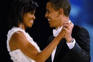 Bất ngờ với thu nhập 'khủng' của vợ chồng ông Obama sau khi rời Nhà Trắng
