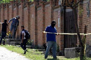 50 thi thể được khai quật từ một ngôi mộ tập thể Mexico