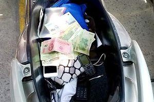 Tự ý lấy tiền và xe máy là tài sản chung của vợ, chồng không phạm tội trộm cắp tài sản