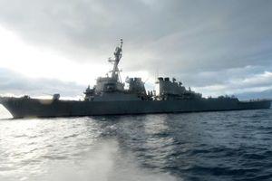 Nga điều tàu tên lửa theo sát khu trục hạm Mỹ vào Biển Đen
