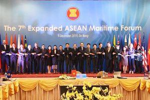 Thúc đẩy hợp tác và an ninh biển