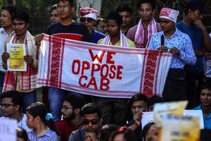Thủ tướng Ấn Độ trước áp lực biểu tình