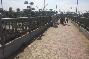 Xác định nguyên nhân nữ sinh tử vong trên cầu đi bộ ở Sài Gòn