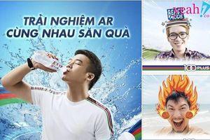 Trào lưu chụp ảnh thể hiện tinh thần cổ vũ đội tuyển Việt Nam cực hot của giới trẻ.