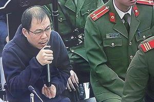 Cựu Chủ tịch AVG Phạm Nhật Vũ: Vay tiền trả cho MobiFone để không mang tiếng