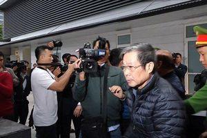 Hai cựu bộ trưởng Nguyễn Bắc Son, Trương Minh Tuấn và đồng phạm tới hầu tòa