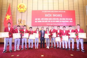 Hà Nội tặng thưởng hơn 6,2 tỷ đồng cho huấn luyện viên, vận động viên đạt thành tích xuất sắc tại Seagames 30