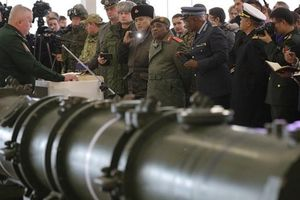 Cả Nga và Mỹ đều bị lừa trong INF?