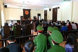 Phiên tòa ở Vĩnh Phúc xử vụ án chiếm đoạt mà chưa tìm ra bị hại?