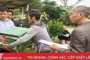 Hỗ trợ 200 đàn ong giống cho hộ nghèo, cận nghèo ở xã miền núi Hương Khê