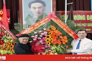 Tỉnh ủy, HĐND, UBND, UBMTTQVN tỉnh: Chúc mừng Đại lễ 100 năm ngày Đản sinh Đức Huỳnh Giáo chủ