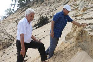 Thừa Thiên Huế: Sạt lở bờ biển diễn biến phức tạp
