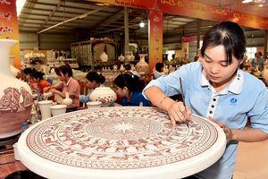 Làng nghề gốm Chu Ðậu - điểm du lịch hấp dẫn