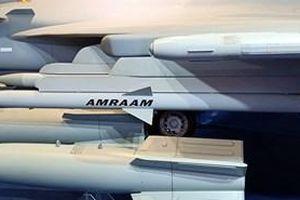 Không quân Mỹ với 'cơn đau đầu' mang tên AMRAAM