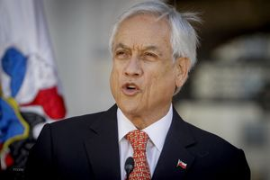 Chile điều tra cáo buộc Tổng thống Pinẽra kinh doanh gian lận