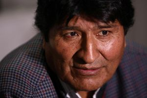 Chính phủ mới của Bolivia ra lệnh bắt cựu tổng thống Evo Morales