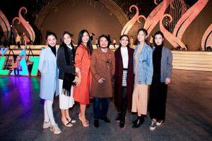 Hoa hậu thế giới Megan Young hội ngộ cùng Đỗ Mỹ Linh tại Festival Hoa Đà Lạt