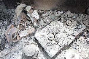 Bắc Kạn: Cuồng ghen, người phụ nữ thuê người tưới xăng đốt nhà 'tình địch'