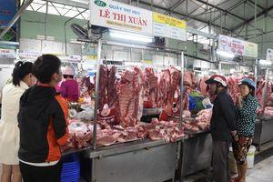Giá thịt lợn tăng chóng mặt, các dịch vụ ăn uống tăng theo