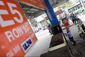 Đề xuất giảm thuế nhập khẩu ethanol để hạ giá xăng sinh học