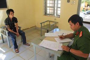 Lâm Đồng: Đang chờ giao pháo nổ thì bị công an bắt giữ