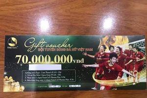 Tặng quà bằng voucher thời hạn cho tuyển nữ Việt Nam, thẩm mỹ Thu Cúc có dùng 'chiêu trò PR'?