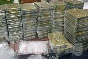 Hé lộ thủ đoạn tinh vi của nhóm đối tượng buôn 250 bánh ma túy