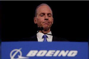 Boeing sa thải CEO Muilenburg để khôi phục niềm tin