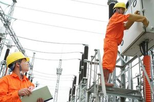 Lưới truyền tải kém, 'tử huyệt' ngành điện