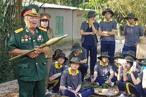 Học sinh TP.HCM háo hức hóa thân thành chiến sỹ Biệt động Sài Gòn