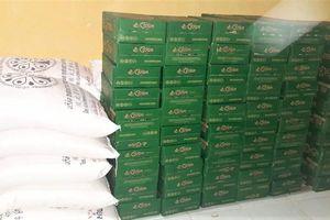 Thu giữ số lượng lớn bia, đường cát nhập lậu từ Campuchia về Việt Nam