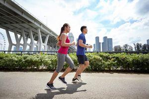Ăn nhiều hơn, tập thể dục Ít hơn, bạn sẽ tăng trung bình 3 kg vào giáng sinh và năm mới