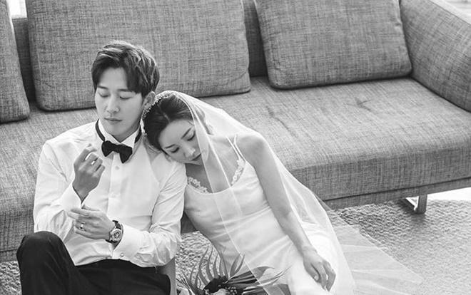 Ảnh cưới đẹp lung linh của Lee Wan và Kim Bo Mi: Đợi Bi Rain - Kim Tae Hee xuất hiện tại đám cưới!