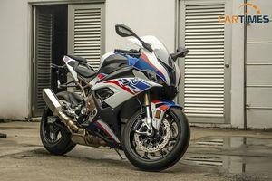 Cận cảnh mẫu xe mô tô BMW S1000 RR 2020 vừa ra mắt thị trường Việt Nam