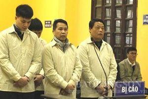 Tuyên án tử hình 4 bị cáo vận chuyển 250 bánh heroin