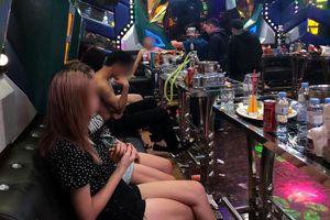 Khởi tố nguyên cán bộ Trung tâm giáo dục vì tổ chức 'tiệc' ma túy
