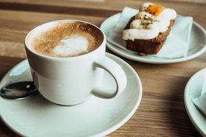 Uống cà phê kiểu này, khỏi sợ mập vì tiệc cuối năm