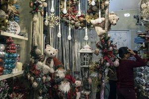 Bloomberg: Ánh đèn đêm Giáng sinh tại Mỹ kể câu chuyện thương chiến phức tạp và nỗ lực chống gian lận xuất xứ của Việt Nam