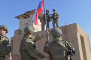 Nga tiếp quản tiền đồn Mỹ bỏ lại ở chiến trường Syria
