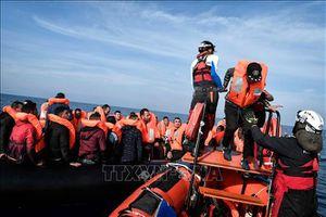 Cứu 300 người di cư trong dịp lễ Giáng sinh