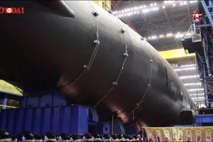 Đón năm mới 2020, Nga hạ thủy tàu ngầm hạt nhân 'đáng sợ nhất thế giới'