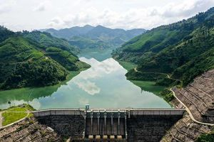 Thủy điện 'khát nước' kỷ lục