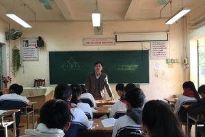 'Khe cửa' hẹp với giáo viên hợp đồng